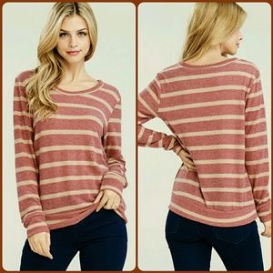 Tops - ❤BURGUNDY STRIPED TOP❤